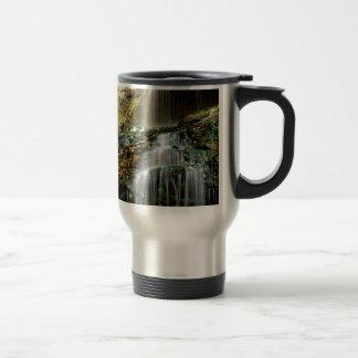 滝のカテドラルウェストヴァージニア トラベルマグ
