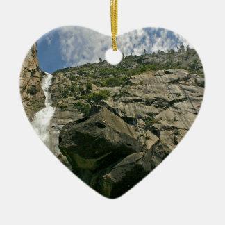 滝のサンディの崖の高さ セラミックオーナメント