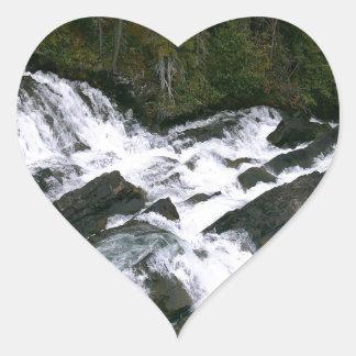 滝の前の滝 ハートシール