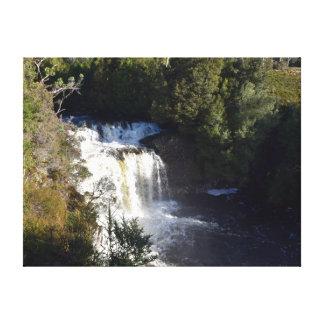 滝の揺りかご山タスマニアオーストラリア キャンバスプリント