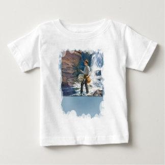 滝の近くの採取 ベビーTシャツ