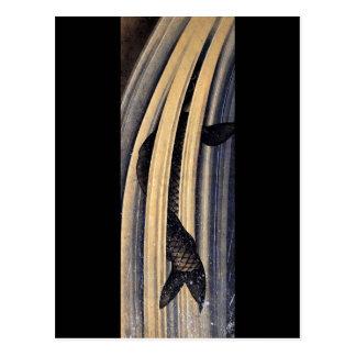 滝のHokusaiのファインアートの上で跳躍しているコイ ポストカード