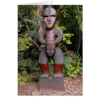 滝のKauriの木の彫刻 カード