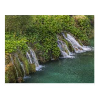 滝、Plitvice湖の国立公園 ポストカード