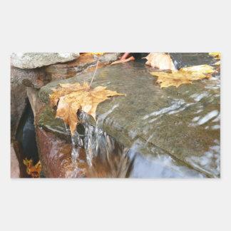 滝IIの秋の写真撮影の紅葉 長方形シール