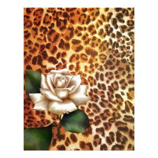 滞在の野生のアニマルプリントのヒョウの白いバラ レターヘッド