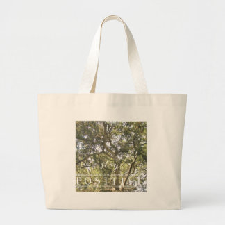 滞在の陽性の木 ラージトートバッグ