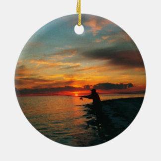 漁師の日没のオーナメント セラミックオーナメント