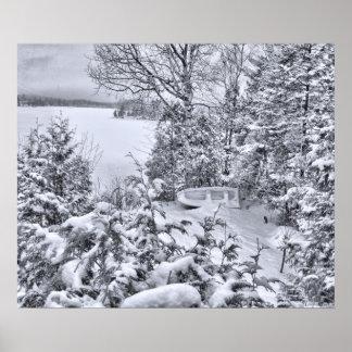 漁船、冬の森林、クリスマスの吹雪 ポスター