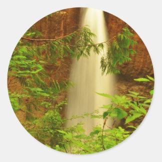 漂流の入り江falls.JPG ラウンドシール