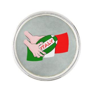漫画のラグビーのボールが付いているイタリアの旗 ラペルピン