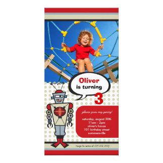 漫画のレトロのロボットかわいい子供の男の子の誕生会 カード