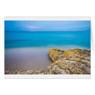 澄んで青い海の珊瑚のベッドカード カード