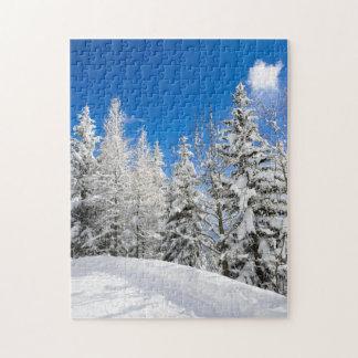 澄んな青空の下の雪の木 ジグソーパズル