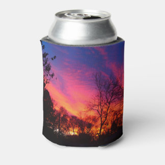 激しい日没の空 缶クーラー