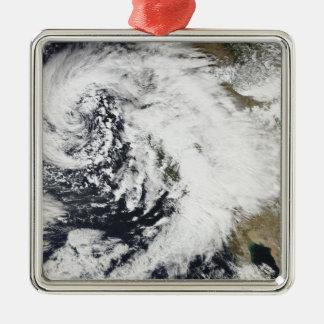 激しい風が付いている一連の強い嵐 メタルオーナメント