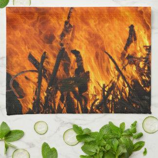 激怒する火 キッチンタオル