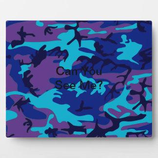 濃紺および紫色のカムフラージュのプラク フォトプラーク