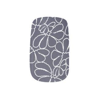 濃紺のお洒落なイカットの花の落書きパターン ネイルアート