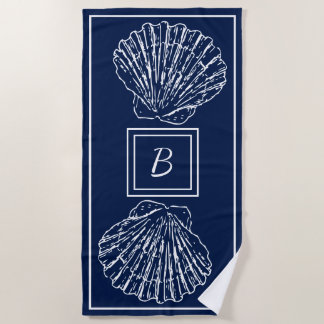 濃紺のカスタムでスタイリッシュで航海のな貝殻 ビーチタオル