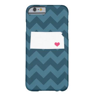 濃紺のシェブロン名前入りでモダンなカンザスのハート BARELY THERE iPhone 6 ケース