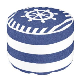 濃紺のバーラップの航海のな舵輪は|のプリントを縞で飾ります プーフ