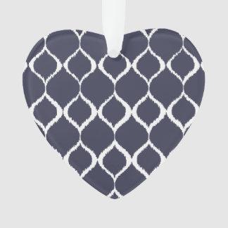 濃紺の幾何学的なイカットの種族のプリントパターン オーナメント