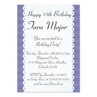 濃紺の細い縦縞の誕生日のパーティの招待状 12.7 X 17.8 インビテーションカード