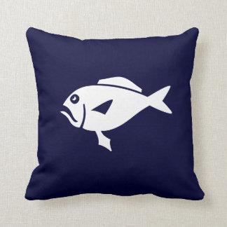 濃紺の   枕の漫画の魚 クッション