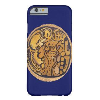 濃紺マヤのジャガーの硬貨 BARELY THERE iPhone 6 ケース