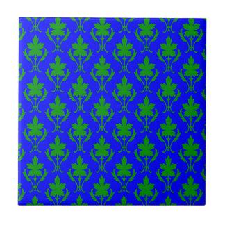 濃紺及び深緑色の華美な壁紙パターン タイル