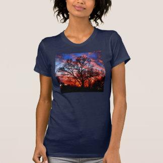 火および水木の空のワイシャツ Tシャツ