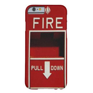 火の引きの場所のiPhone6ケース Barely There iPhone 6 ケース