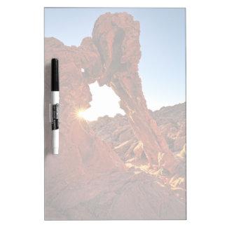 火の谷の象の石 ホワイトボード