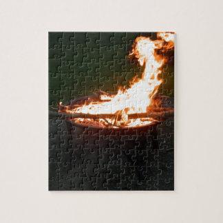 火ピットの篝火のイメージ ジグソーパズル