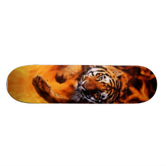 火及びトラ スケートボードデッキ