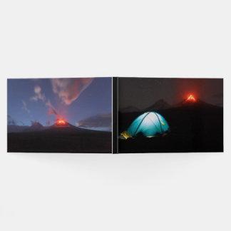 火山Klyuchevskaya Sopka。 ロシア、カムチャツカ半島 ゲストブック