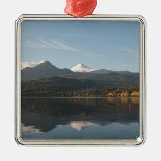 火山Villaricaの反射 メタルオーナメント