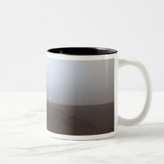 火星のマグの日没 ツートーンマグカップ