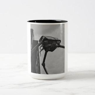 火星の彫刻のマグ ツートーンマグカップ