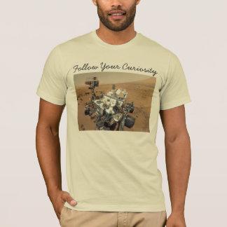 火星の興味の自画像 Tシャツ
