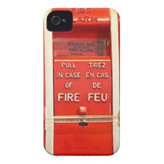 火災警報の場合 Case-Mate iPhone 4 ケース