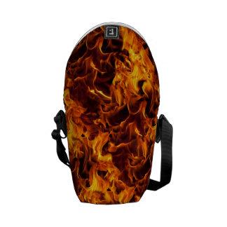 火/炎パターン背景 メッセンジャーバッグ