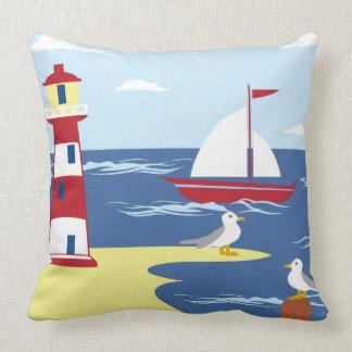 灯台ビーチの船のカモメの装飾の枕 クッション