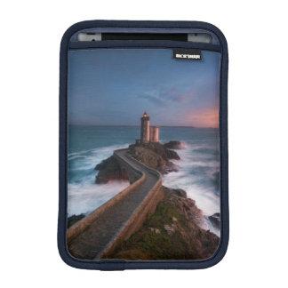 灯台日没Plouzané | Finistère、ブリッタニー iPad Miniスリーブ