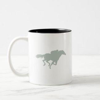 灰灰色の競馬 ツートーンマグカップ