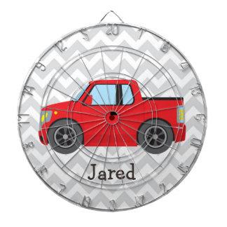 灰色および白いシェブロンの赤いトラックは縞で飾ります ダーツボード