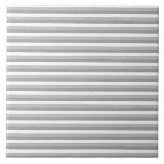 灰色および白いストライブ柄。 パターン タイル