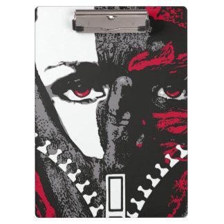 灰色および赤いクリップボードの顔そして手 クリップボード