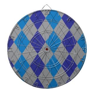 灰色および青のアーガイル柄のなダート盤 ダーツボード
